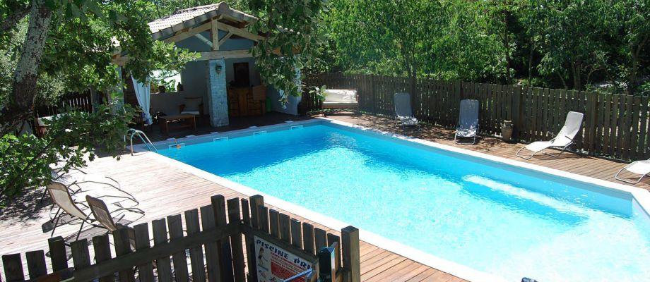 Vacances en Ardèche !!! - La piscine